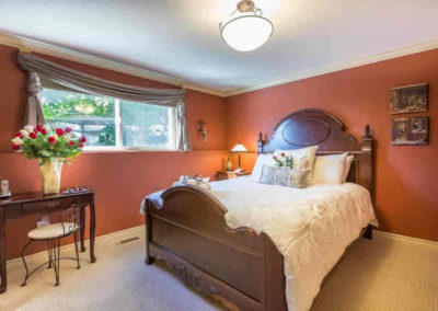 The Most Intimate Suite, Queen Bed and Ultra-bath Air-Jet Massaging Tub, at A Vista Villa Couples Retreat, Kelowna, BC
